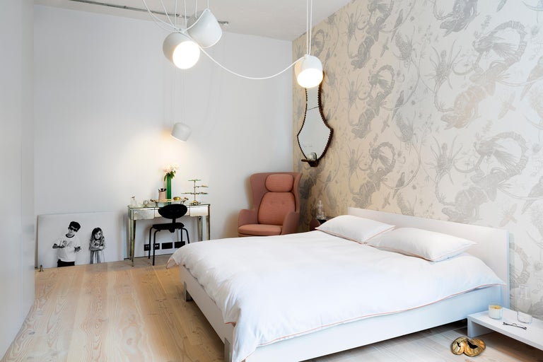 Flos Aim White Three-Lamp Light Set with Canopy by Ronan & Erwan Bouroullec In New Condition For Sale In New York, NY
