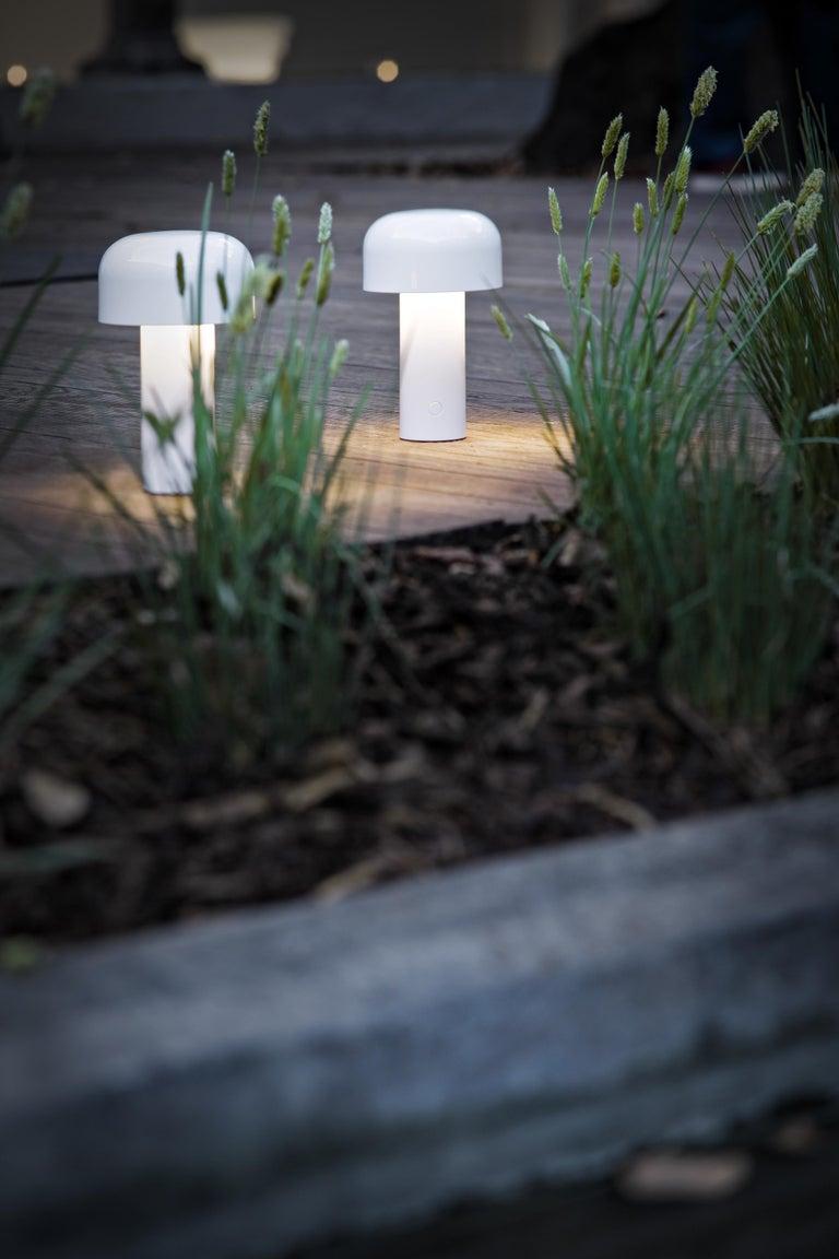 Modern Resin White Portable Rechargable Wireless Desk or Table Lamp for FLOS For Sale 2