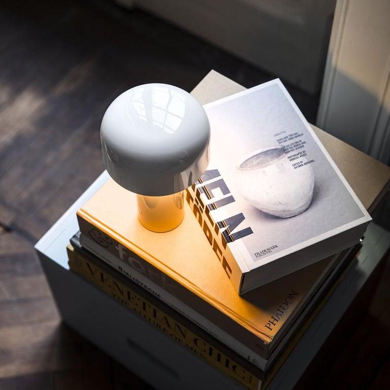 Modern Resin White Portable Rechargable Wireless Desk or Table Lamp for FLOS For Sale 4