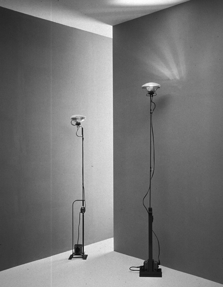 FLOS Limited Edition Toio Lamp in Matte-Black, 1stdibs Exclusive In New Condition For Sale In New York, NY