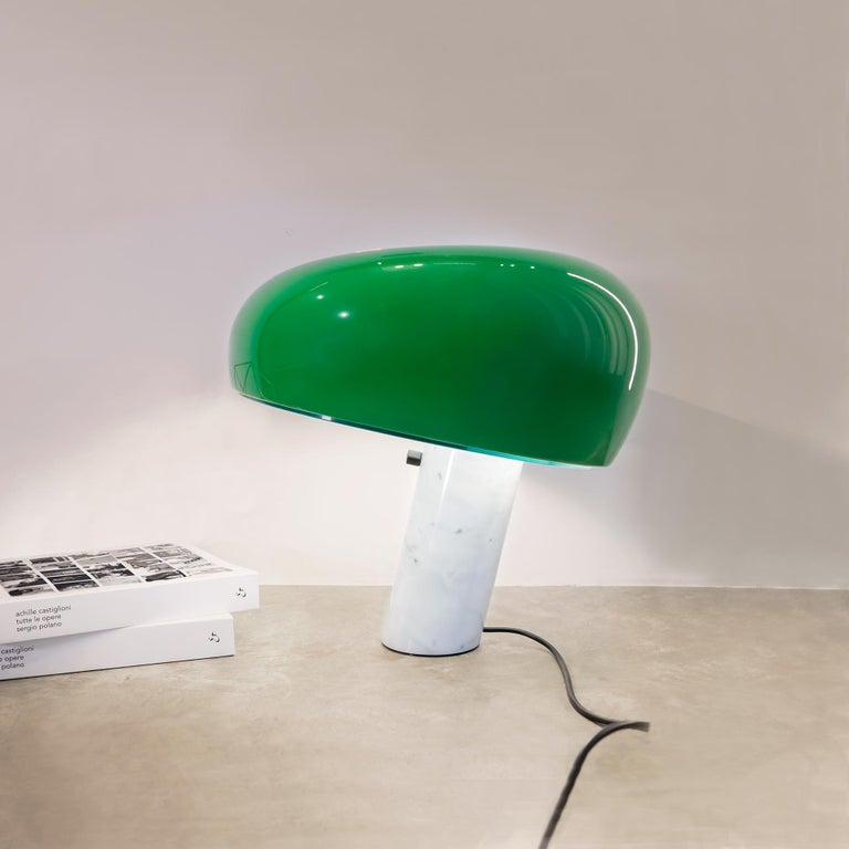 Contemporary FLOS Snoopy Table Lamp in Green by Achille & Pier Giacomo Castiglioni For Sale