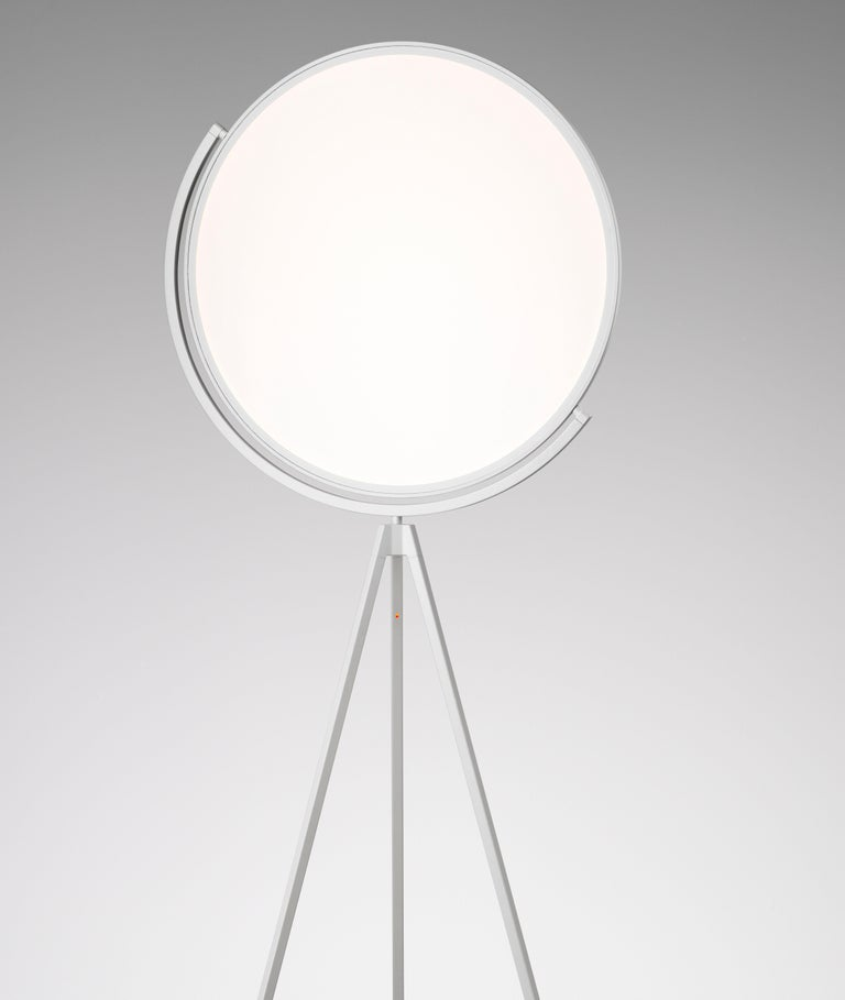 FLOS Superloon Floor Lamp in White by Jasper Morrison In New Condition For Sale In New York, NY