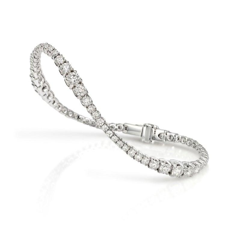 Contemporary Flow Bracelet For Sale