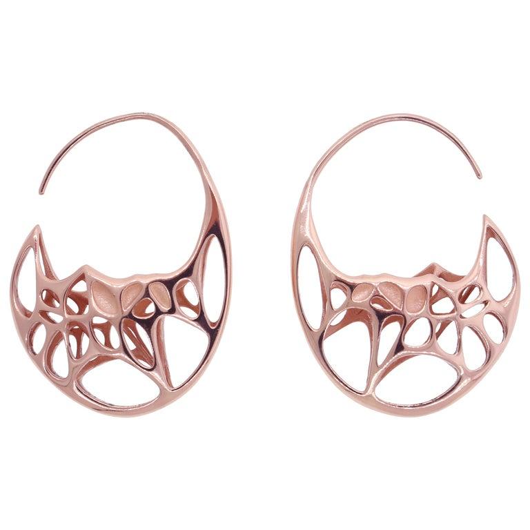 FLOWEN Sterling Silver Goda Hoop Earrings in Rose Gold For Sale