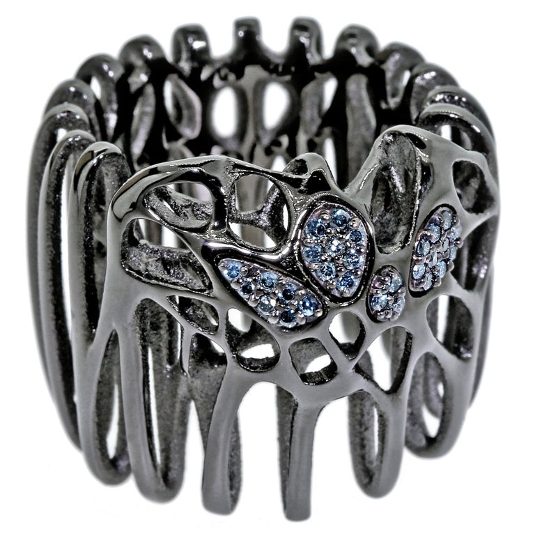 FLOWEN Sterling Silver Moxi Cocktail Ring in Black Ruthenium with Blue Diamonds For Sale