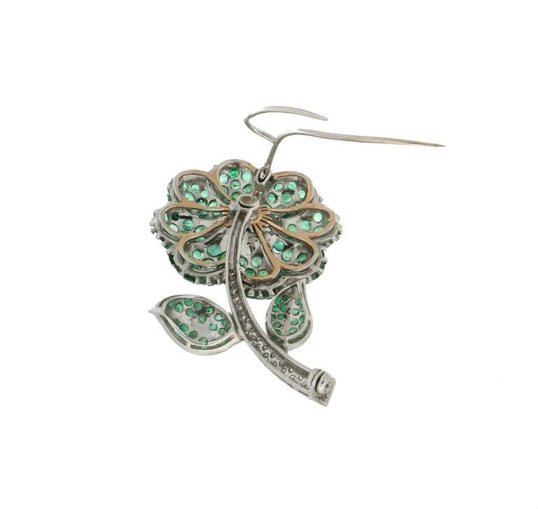 Women's or Men's Flower 14 Karat White Gold Diamonds Emerald Brooch For Sale