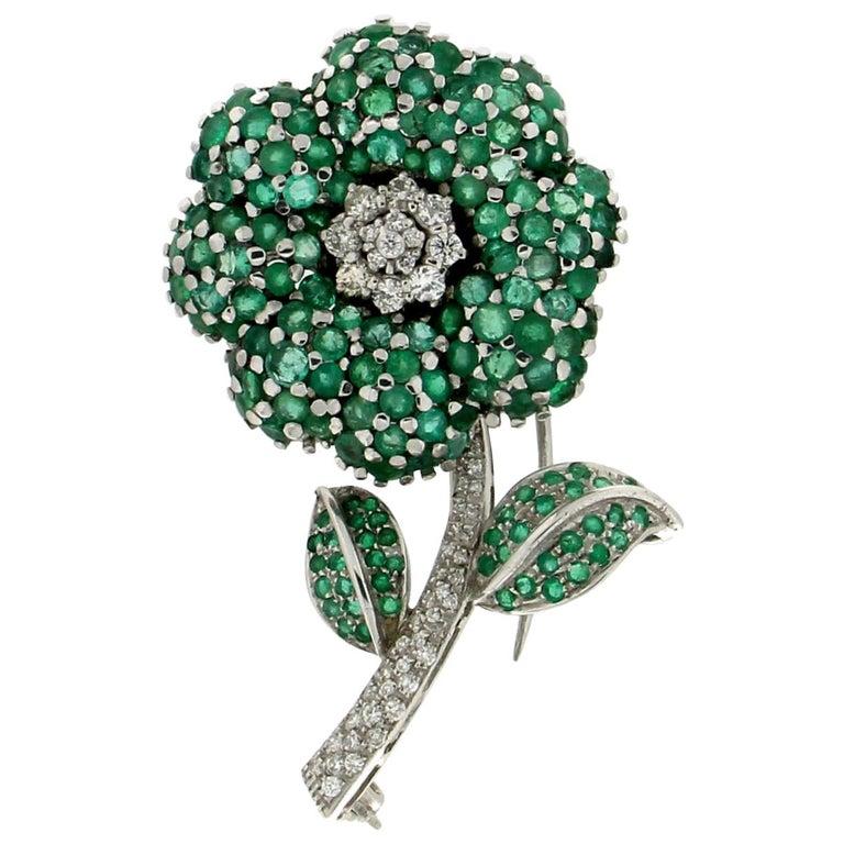 Flower 14 Karat White Gold Diamonds Emerald Brooch For Sale