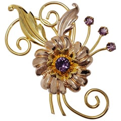 Flower and Leaf Amethyst Crystal Pin Brooch in Gold, Mid 1900s