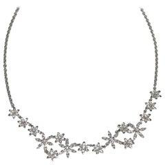Flower Diamonds Necklace Set in 18 Karat White Gold