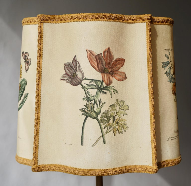 Flower Lamp in Wood and Brass For Sale 6