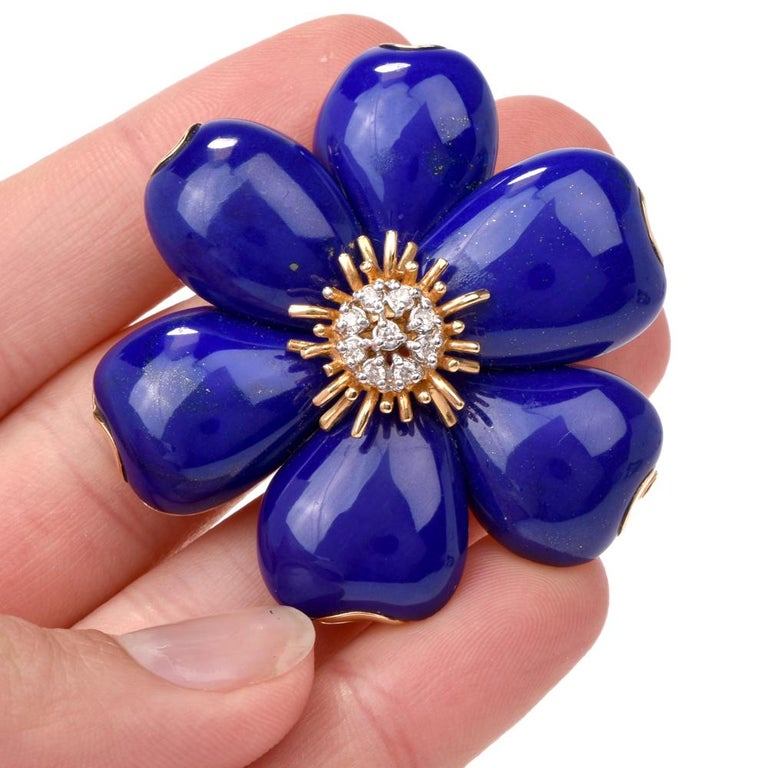 38e38d9a53d This elegant stylish floral lapis lazuli and diamond pin brooch is crafted  in solid 18K yellow