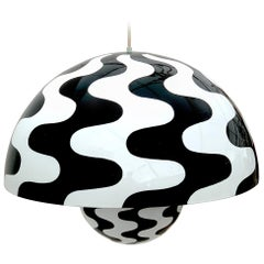 'Flower Pot' Black & White Hanging Lamp by Verner Panton for Louis Poulsen, 1971