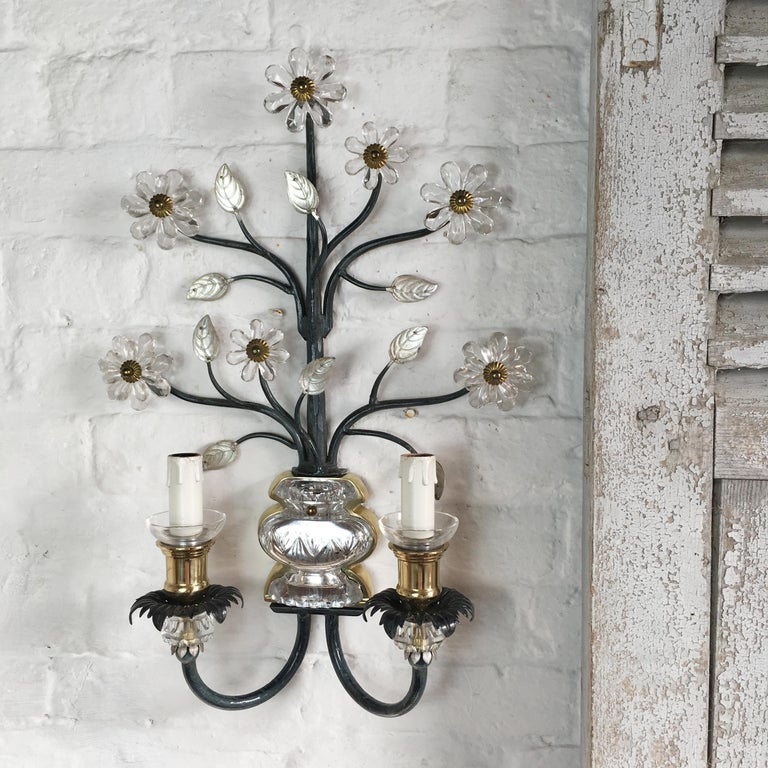 Flower Wall Sconce in the Style of Maison Baguès For Sale 4