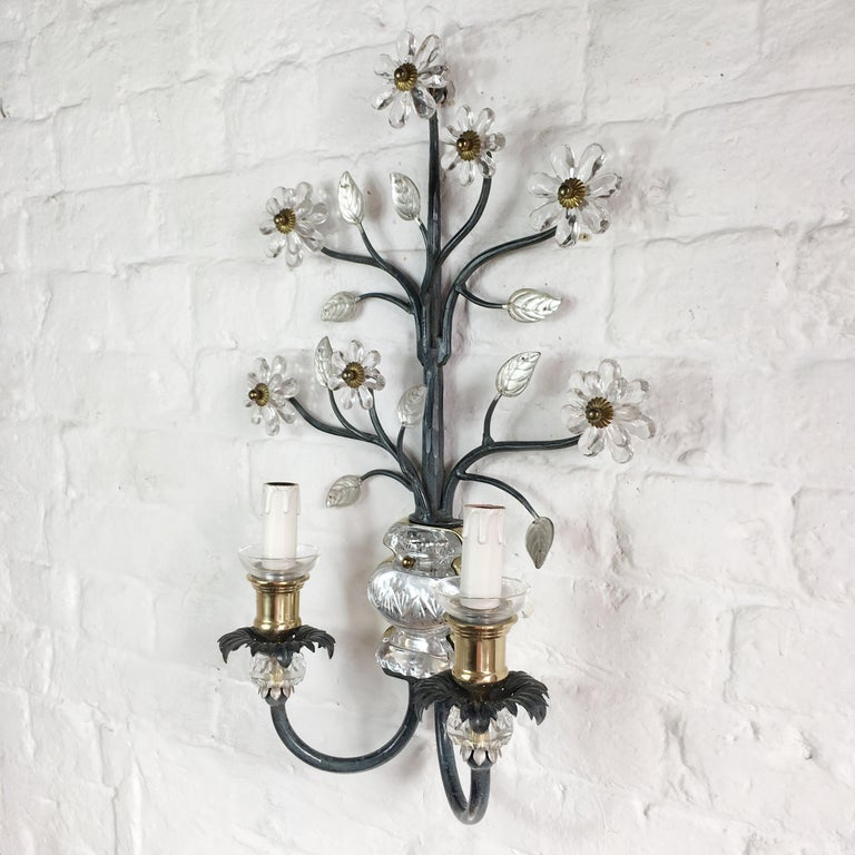 Flower Wall Sconce in the Style of Maison Baguès For Sale 1