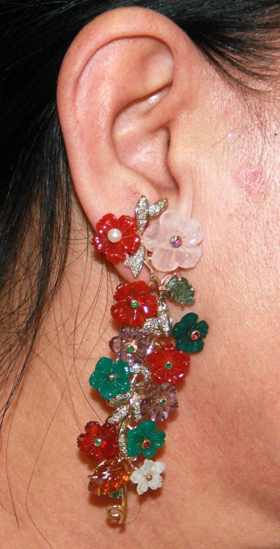 Flowers 14 Karat Yellow Gold Diamonds Stud Earrings In New Condition For Sale In Marcianise, IT
