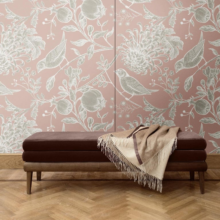 This stunning wall covering is a superb accent to add anywhere in the house, where it will imbue with luxury and a unique decoration any room. It was crafted of silk and cotton and is part of the Flowers and Birds collection, with a sumptuous color