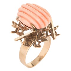 Fluted Angel Skin Coral Ring 18 Karat Yellow Gold Estate Brutalist Jewelry