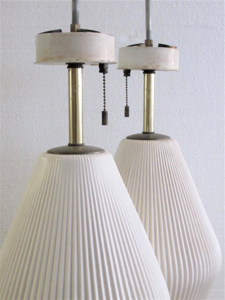 Fluted porcelain table lamps by gerald thurston for lightolier in good condition for sale in rochester