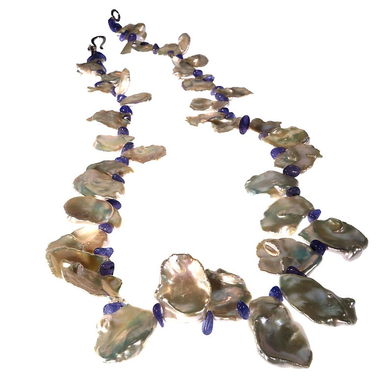 Fluttering White Keshi Pearl Necklace with Sparkling Tanzanite Accents For Sale 1