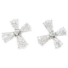 Flying Dandelion Seed Diamond 18 Karat White Gold Earrings