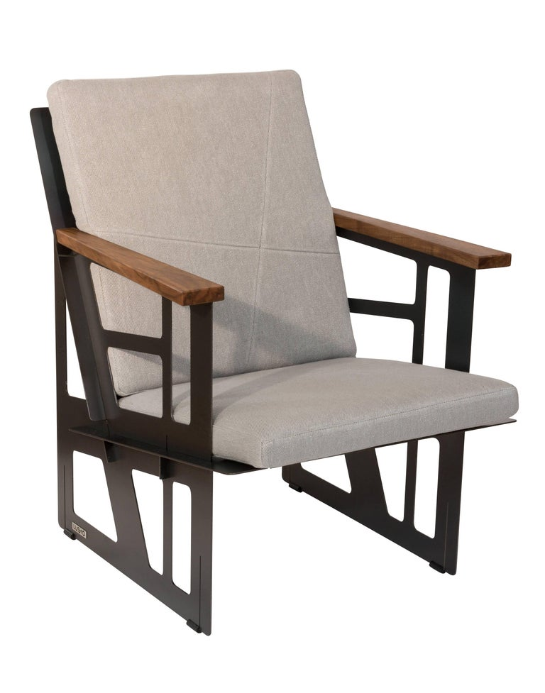 Varnished Foldable Industrial Lounge Chair in Steel and Blue Cushion