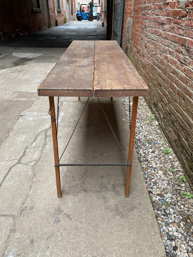 Folding Paper Hanger Table, 1920s In Distressed Condition For Sale In Garnerville, NY