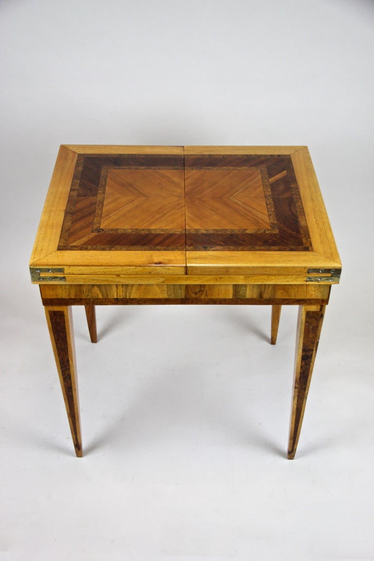 Folding Side Table 18th Century Josephinism Period, Austria, circa 1790 For Sale 3