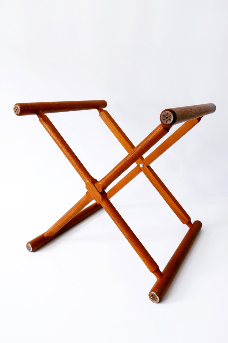 Folding Tray Coffee Table AT35 by Hans Wegner 'Attr.' for Andreas Tuck, 1960s For Sale 11