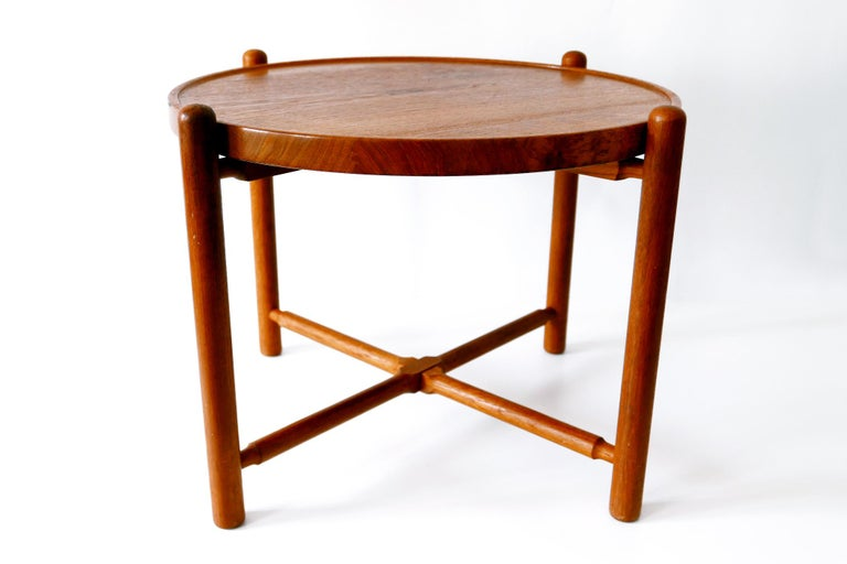Mid-Century Modern Folding Tray Coffee Table AT35 by Hans Wegner 'Attr.' for Andreas Tuck, 1960s For Sale