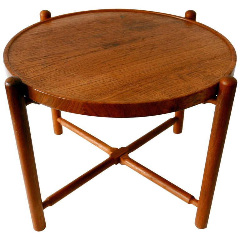 Folding Tray Coffee Table AT35 by Hans Wegner 'Attr.' for Andreas Tuck, 1960s For Sale