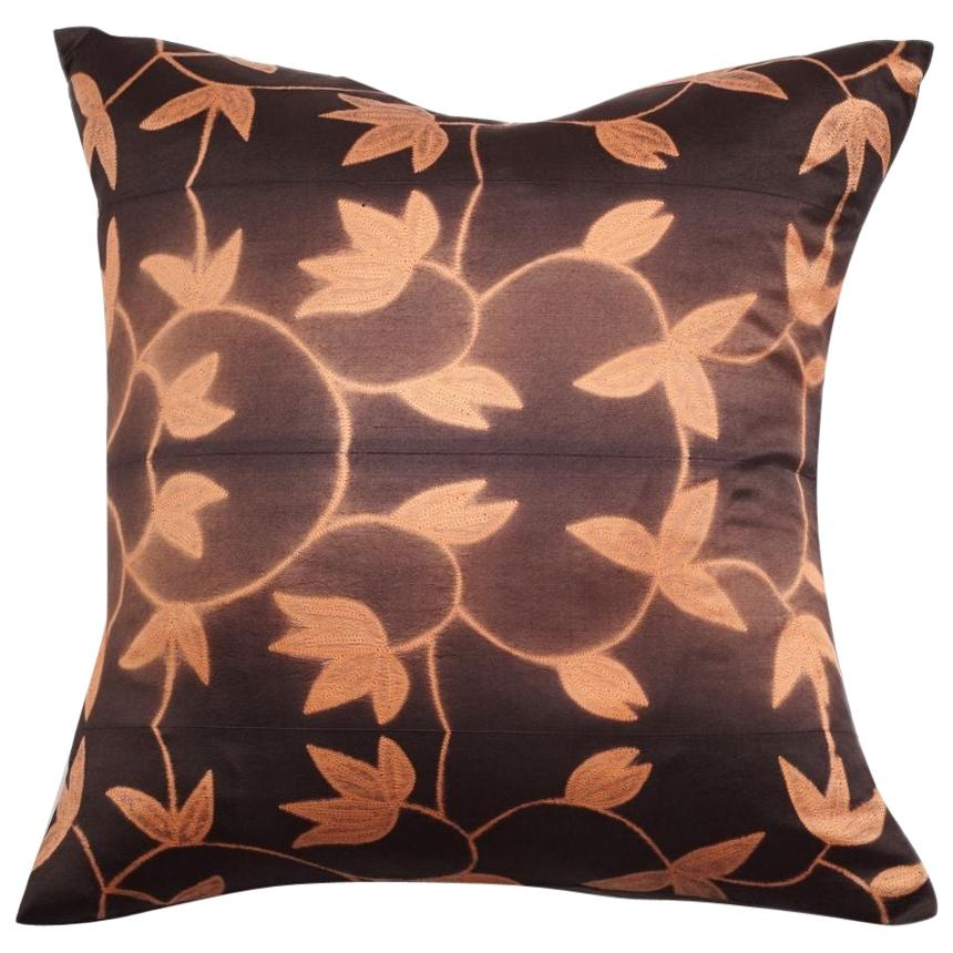 Folio Ebony Gold Floral Pattern Shibori Silk Pillow