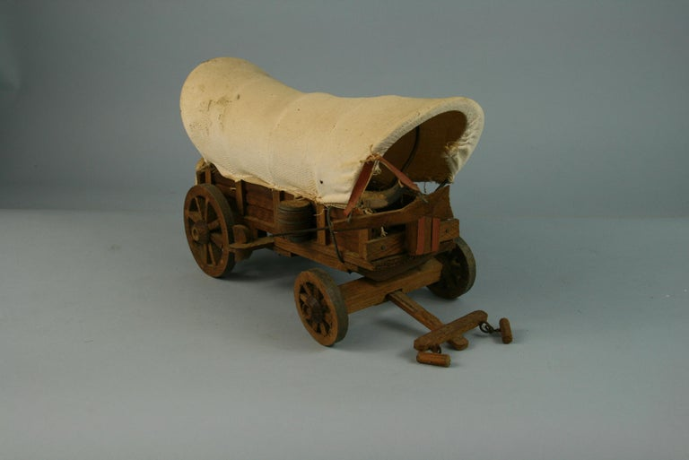Folk Art Detailed Model of a Conestoga Wagon In Good Condition For Sale In Douglas Manor, NY