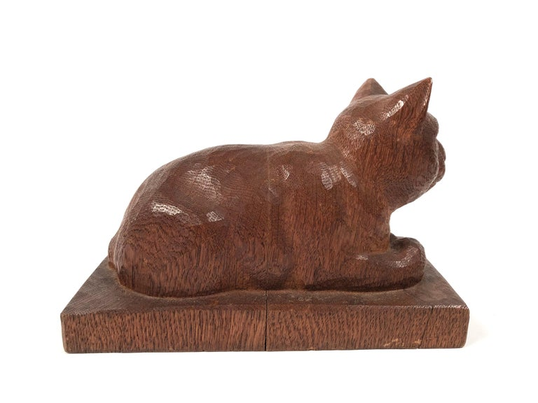 Folk Art Hand Carved Wood Cat Sculpture  In Good Condition For Sale In Essex, MA