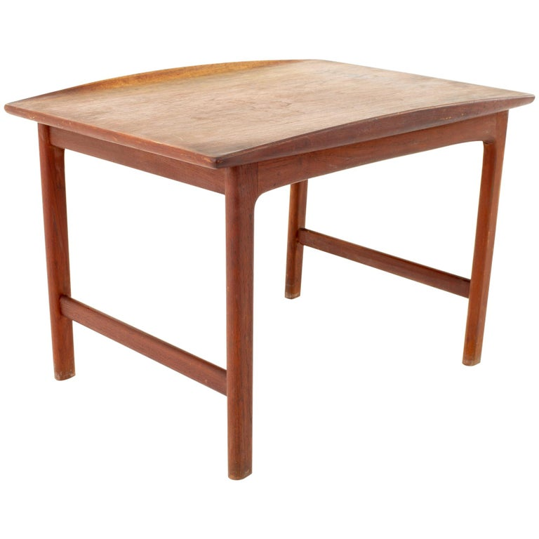 """Folke Ohlsson for Dux """"Frisco"""" Mid Century Side End Table For Sale"""