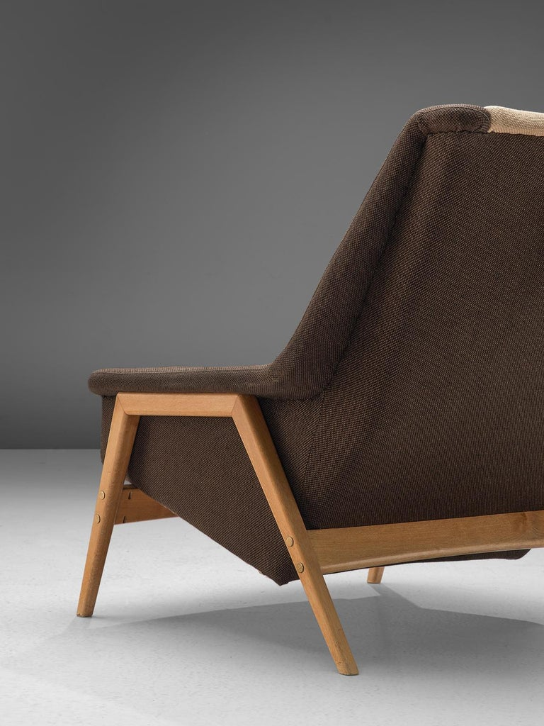 Folke Ohlsson for Fritz Hansen Lounge Chair in Fabric In Good Condition For Sale In Waalwijk, NL