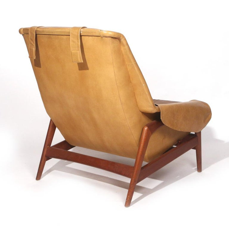 Folke Ohlsson Lounge Chair and Ottoman in Leather In Good Condition For Sale In New York, NY