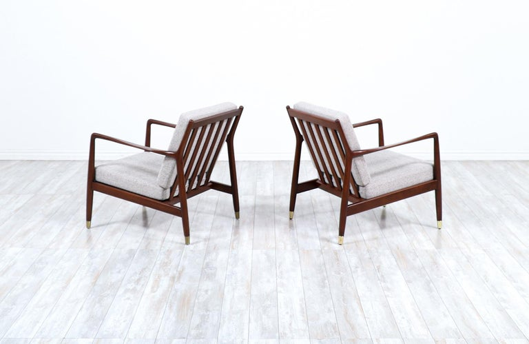 Folke Ohlsson Model USA-143 Lounge Chairs for DUX In Excellent Condition For Sale In Los Angeles, CA