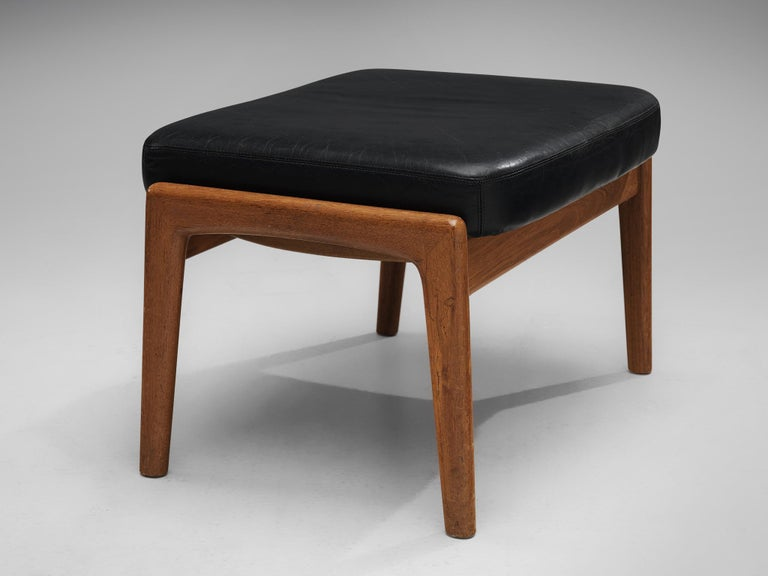 Folke Ohlsson Pair of 'Profil' Lounge Chairs in Black Leather 5