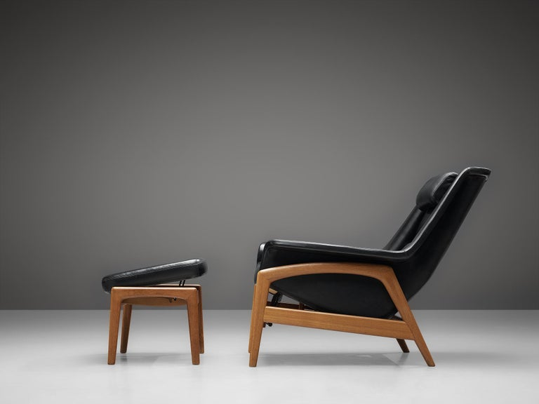 Folke Ohlsson Pair of 'Profil' Lounge Chairs in Black Leather 2