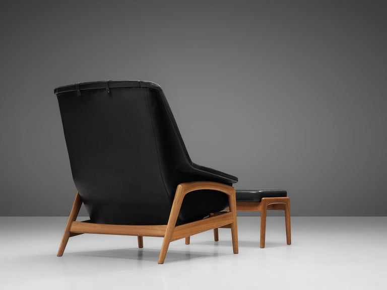 Folke Ohlsson Pair of 'Profil' Lounge Chairs in Black Leather 3