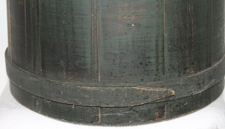 American Folky Green Bucket with Lid For Sale