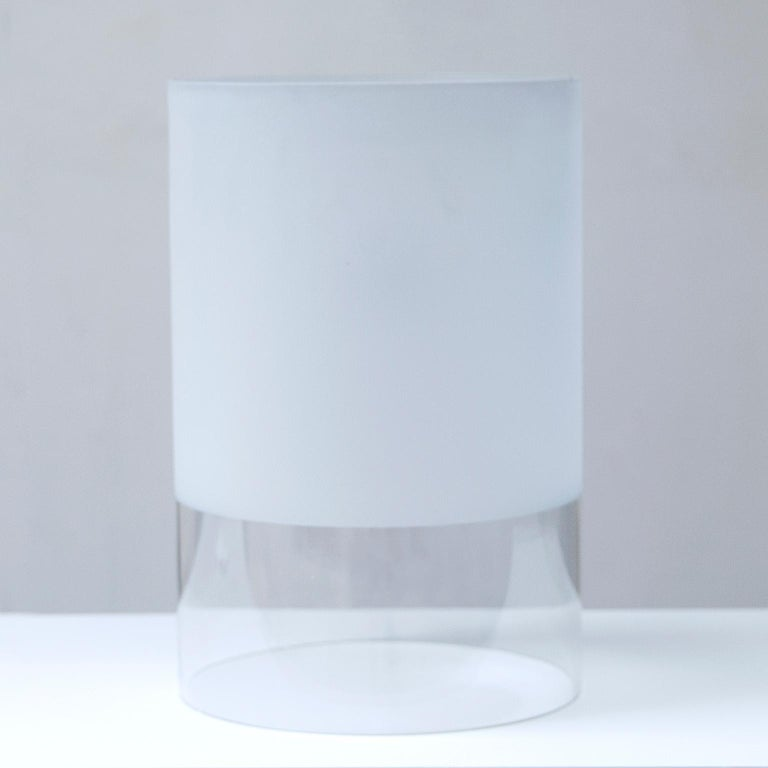 Rare table lamp Fatua designed by Guido Rosati for Fontana Arte in 1972 . Curbed partially satinated glass. This lamp was never in use and comes with the original box.