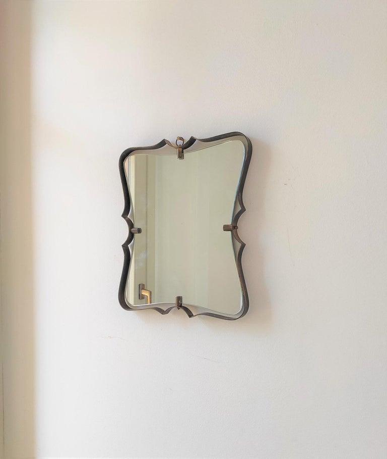 Italian Fontana Arte Mid Century Brass Wall Mirror, Milano, 1950s For Sale