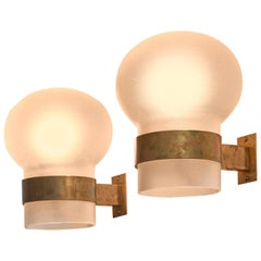Fontana Arte Pair of Wall Sconces, Frosted Glass Shades with Brass, Italy, 1960