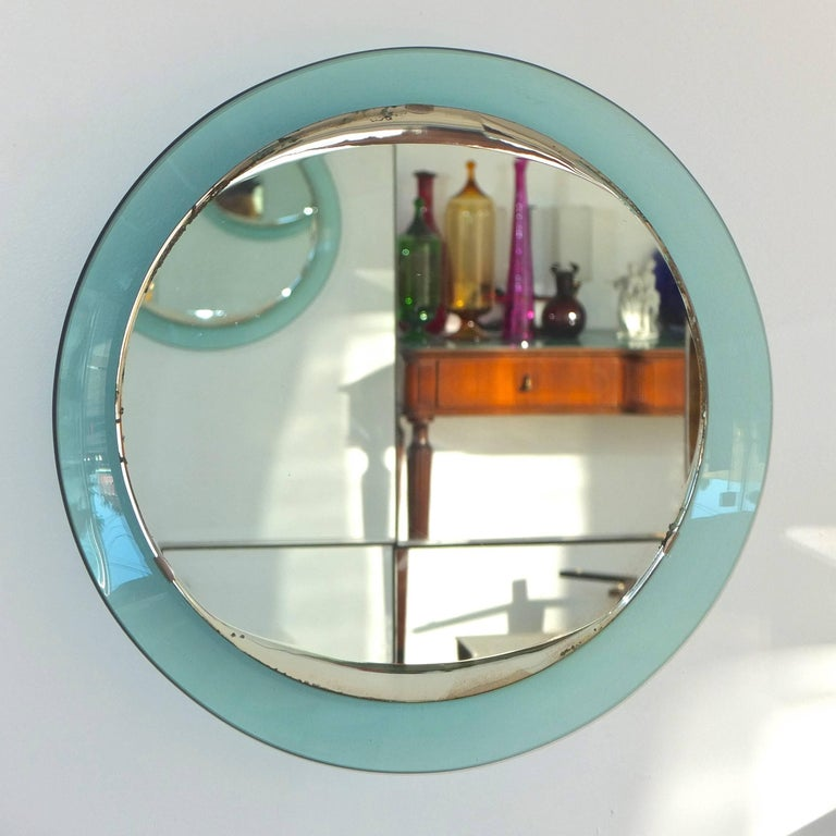 Fontana Arte Round Mirror In Good Condition For Sale In Hingham, MA