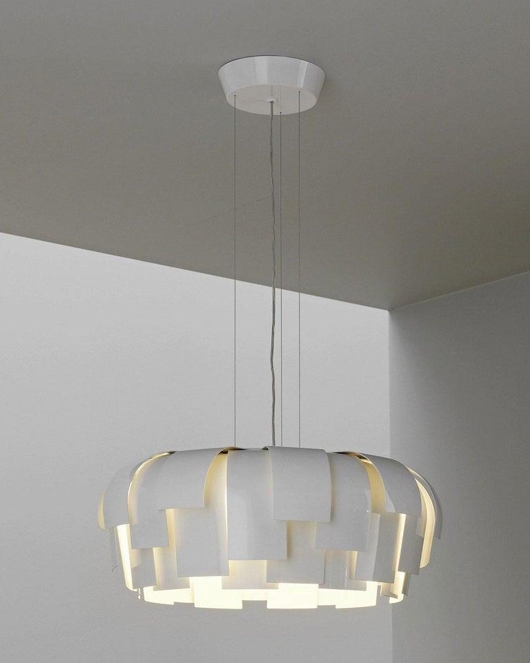 Post-Modern Fontana Arte Wig Pendant Chandelier, Modern, White, Italian Light Fixture, 2000s For Sale