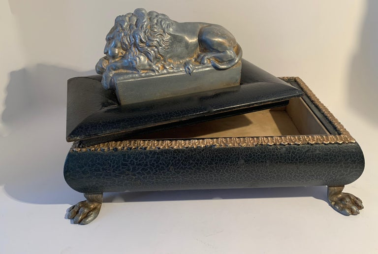 Footer Letter Box with Reclining Lion In Good Condition For Sale In Los Angeles, CA