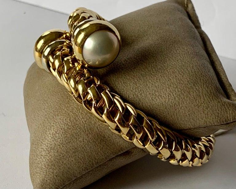 Fope Italian 18 Karat Yellow Gold Coil Bracelet Pearl Endcaps For Sale 1
