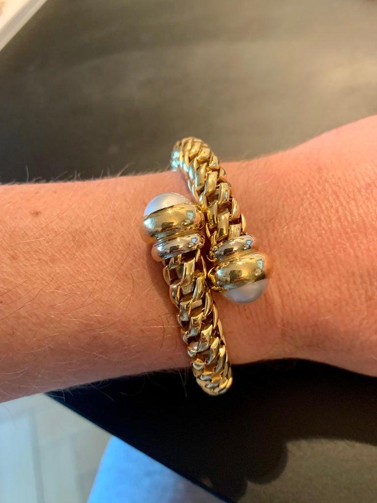 Fope Italian 18 Karat Yellow Gold Coil Bracelet Pearl Endcaps For Sale 3
