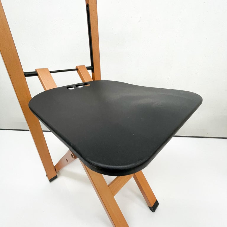 For your consideration a Foppapedretti Gentleman Valet.